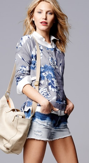 Gap Floral Pull Over